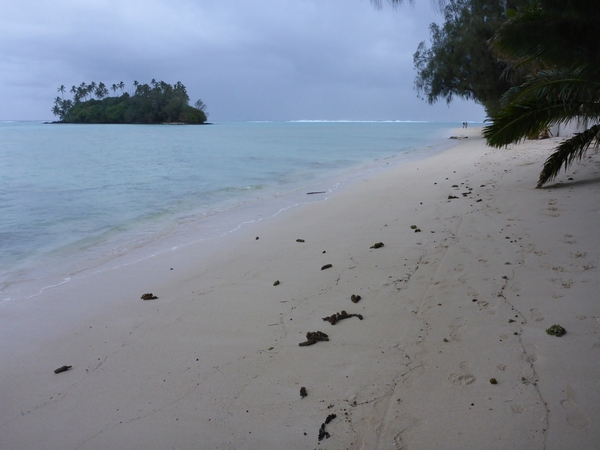 Aremango beach, looking to Taakoka motu, Rarotonga