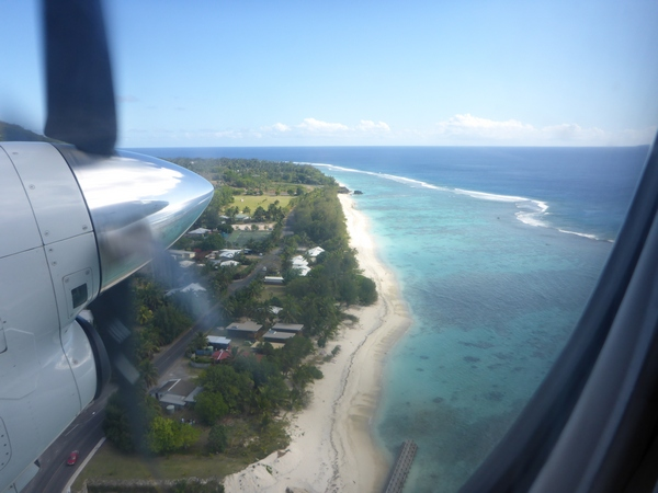 Flight from Rarotonga to Aitutaki